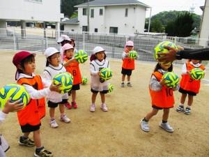 サッカー教室始まるよ!