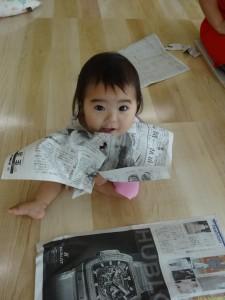 新聞紙であそびました!